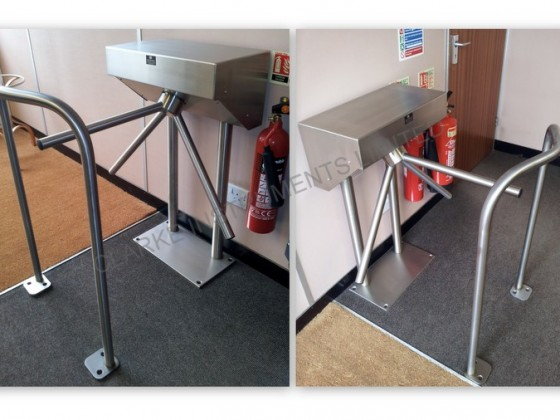 420A-200 Single Tripod Turnstile